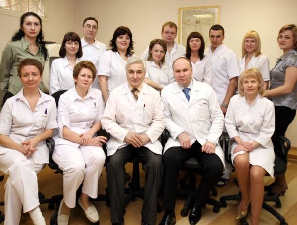 Медицинский глазной центр Окулюс — первая частная офтальмологическая клиника нового поколения в Красноярском крае. Клиника оснащена новейшим диагностическим и хирургическим оборудованием от самых известных и уважаемых производителей.